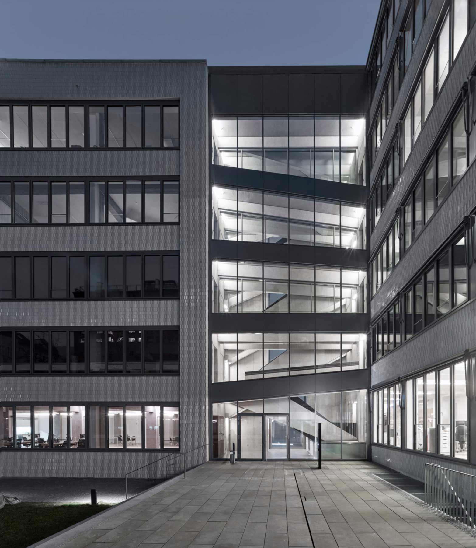 klaus-schlosser-architects--fabrik_0_Treppenhaus_1